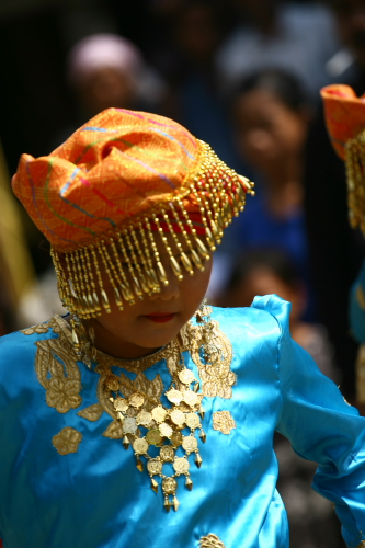 Traditional dancer from the Batin ethnic group.