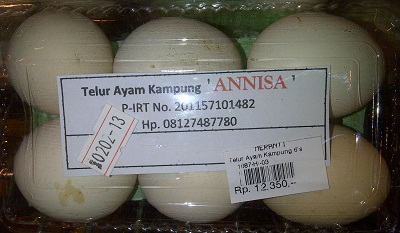 Ayam Kampung EggsThese 6 ayam kampung eggs cost Rp1,2350 ($1.27USD). Whereas 6 eggs from ayam potong (chicken farms) can be purchased for Rp5,400 ($0.55 USD).